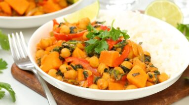 Red Thai Curry with Sweet Potatoes & Chickpeas | Healthy 30 Minute Meals