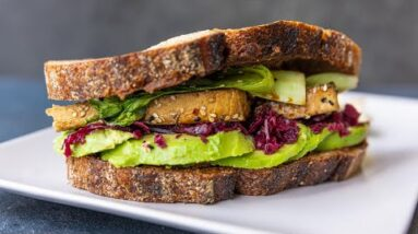ASIAN INSPIRED TOFU SANDWICH in 5 MINUTES!